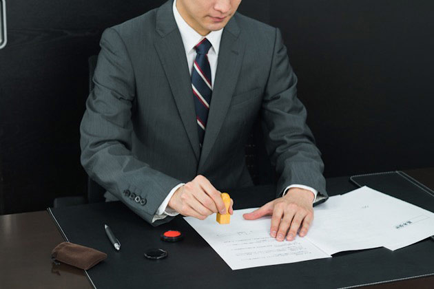 休業損害っていつもらえる?請求方法や時期について解説!