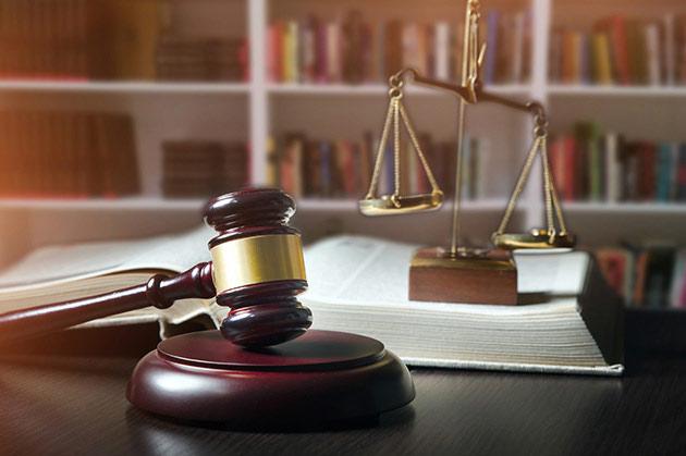 交通事故の民事裁判・訴訟の判例の重要性