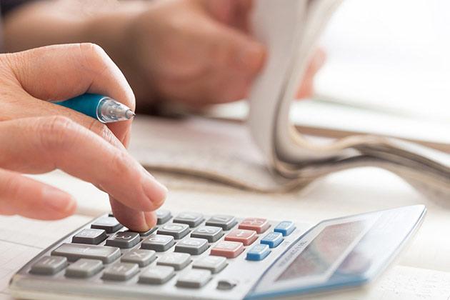 入通院慰謝料の計算方法|自賠責・任意保険基準の相場