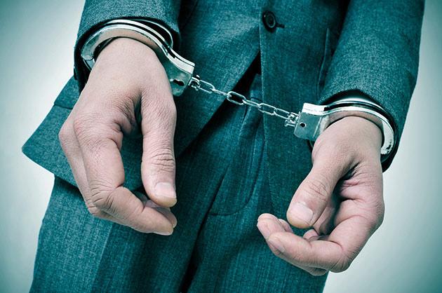 刑事事件としての交通事故|「物損事故」や「ひき逃げ」事件は、どんなときに逮捕される?