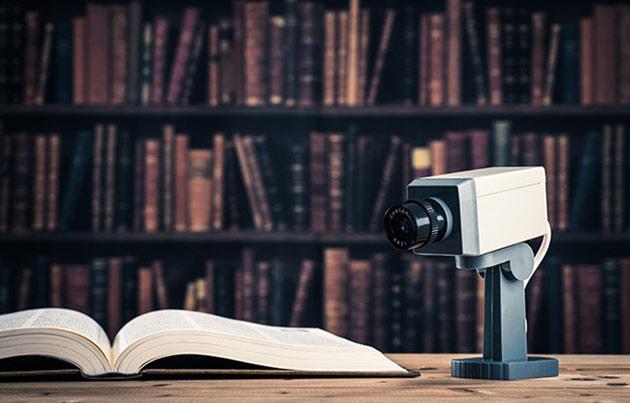 レポート④:防犯カメラの映像で、指紋を付けた場所まで特定できる?しかし注意点も…
